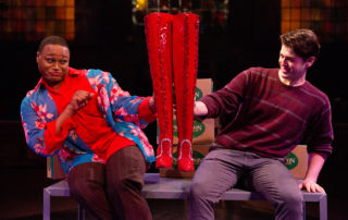 Kinky-Boots-Tobys-Dinner-Theatre